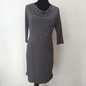 Modcloth/Gilli striped 3/4 sleeve bodycon dress